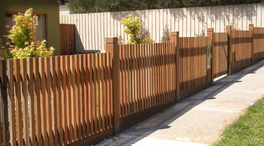Fence includes Straight Top Configuration in contemporary natural finish 46x35mm Australian Hardwood